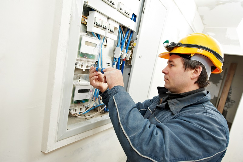 electrical specialist